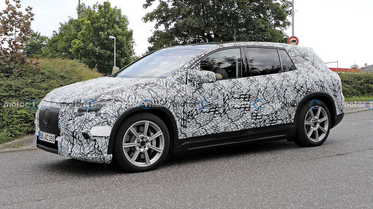 Mercedes EQS SUV spied with production lights