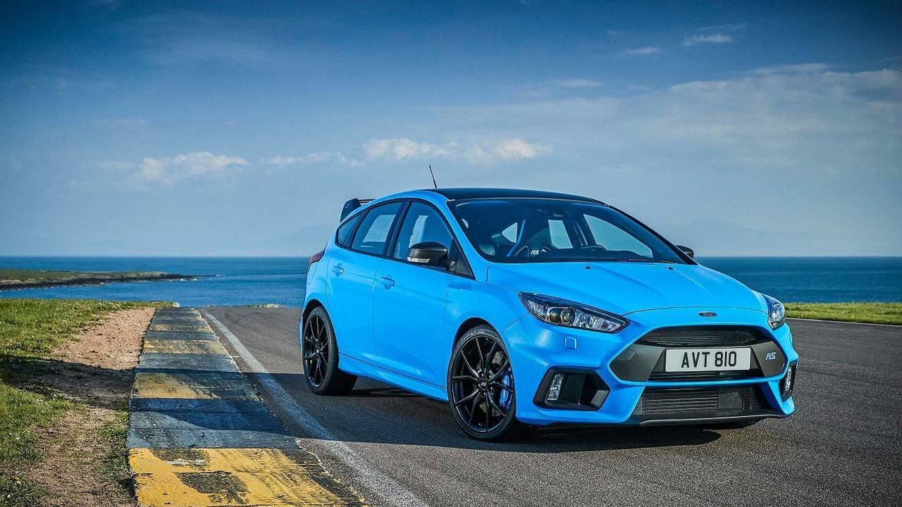 3. Ford Focus RS: 2.3L turbo I4, 350 beygir