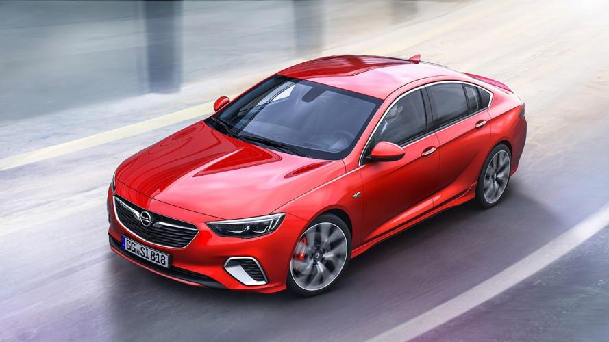 Opel Insignia GSi, la berlina sportiva ha 260 CV