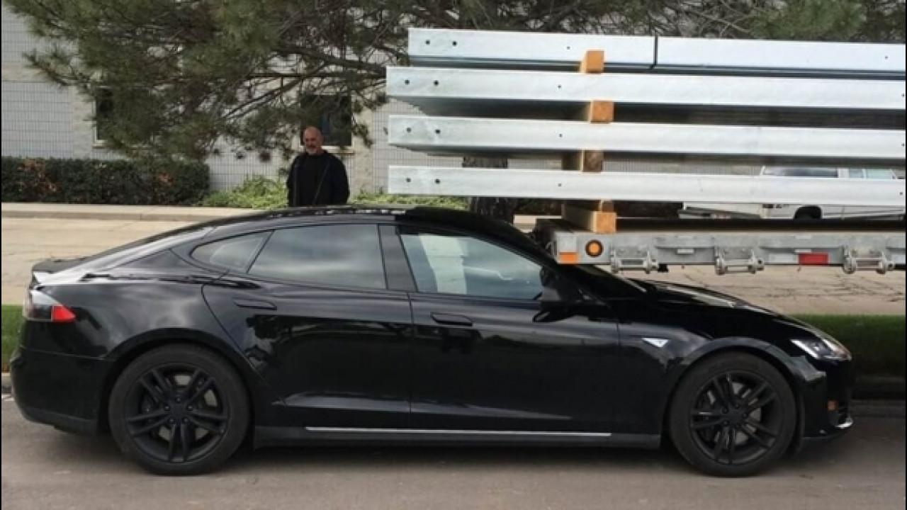 [Copertina] - Tesla, aperta un'inchiesta sull'incidente mortale negli USA