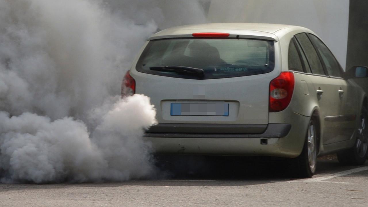 [Copertina] - Codice della Strada, il Senato spinge per la rivoluzione anti-smog