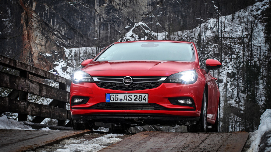 2016 Opel Astra LED headlights