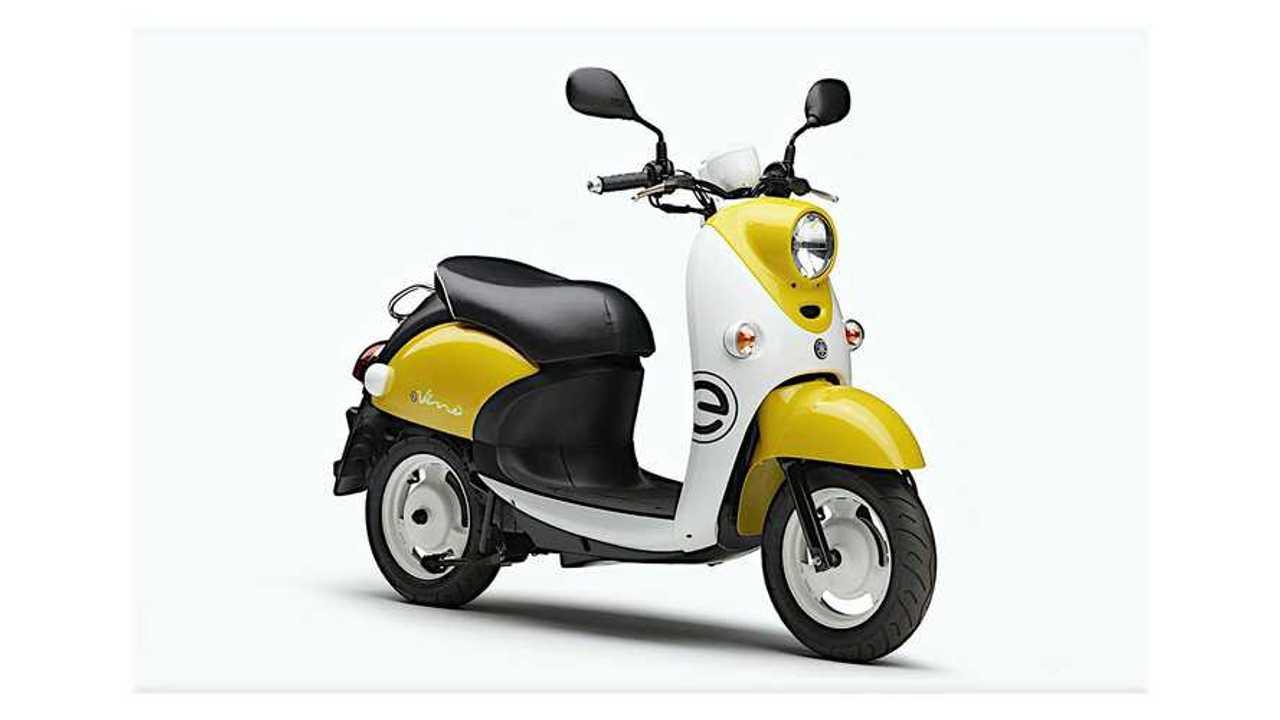 Yamaha E-Vino Right Side Angle