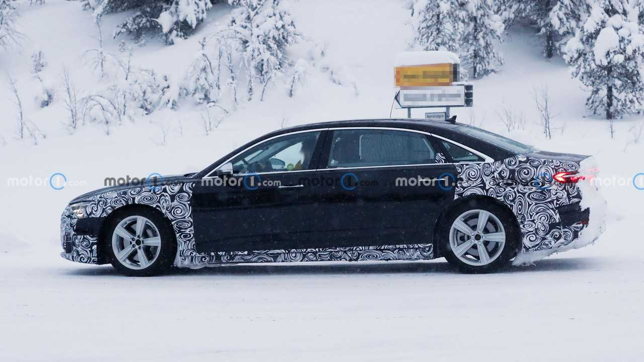 2022 Audi A8 L Horch (not confirmed) spy photo