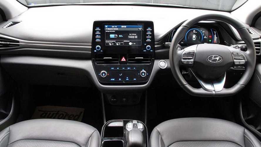 Pesona Eksterior dan Interior Hyundai Ioniq