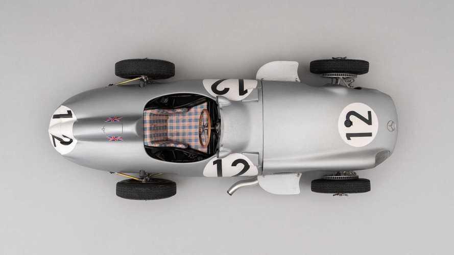Гоночный Mercedes-Benz Стирлинга Мосса уменьшили в 8 раз