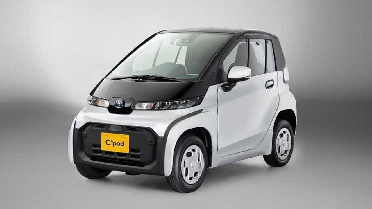 Toyota C+pod Super White x Black Front Quarter