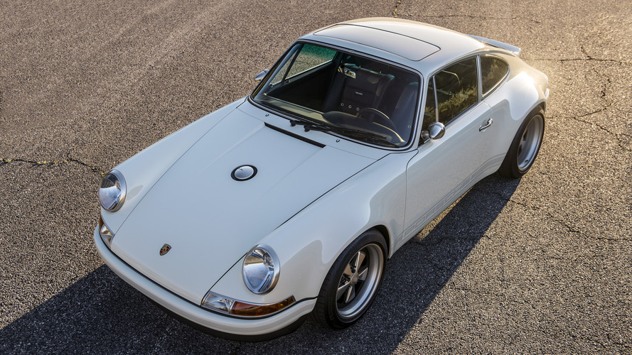 2 of Singer's restored Porsche 911s add style to Amelia Island Concours