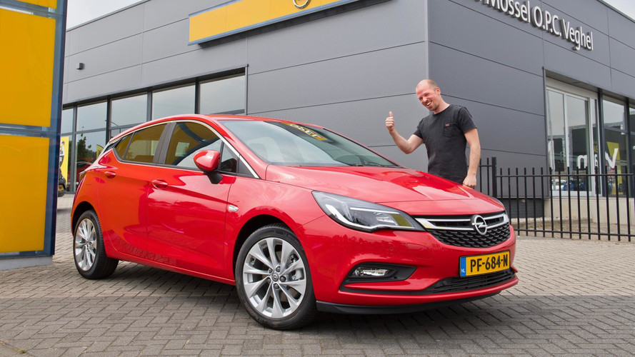 Dutch Man Buys Car with YouTube Views