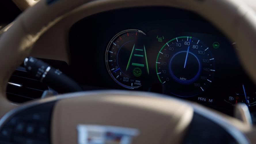 Cadillac sahipleri, Super Cruise için aylık 25 dolar ödeyecek