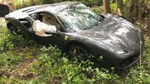 112 kilometrelik Ferrari 488 kazası