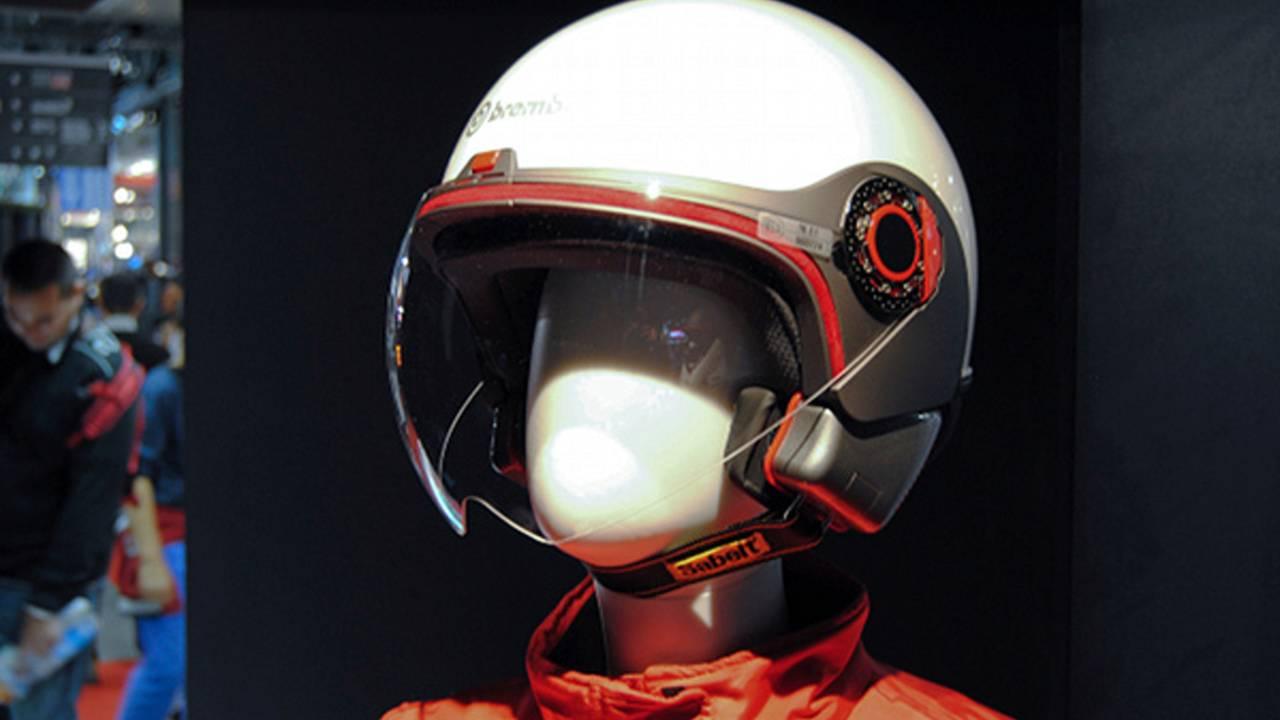 EICMA 2010: motorcycle gear