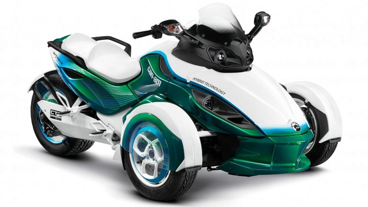 Can-Am Spyder Hybrid: boldly going where Piaggio has gone before