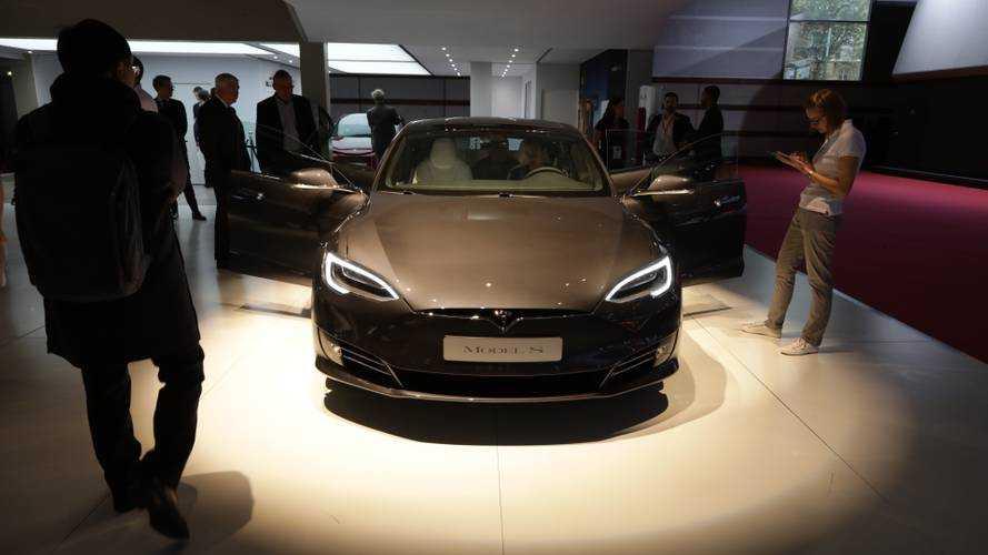 Tesla sous le coup d'une enquête concernant la sécurité de ses batteries