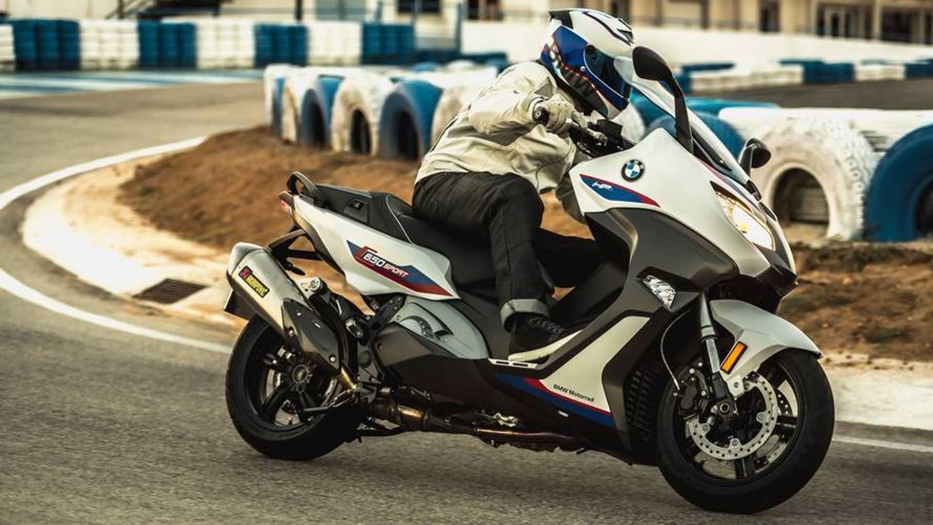 bmw motorrad 2019  el scooter que liquida a honda  y a yamaha