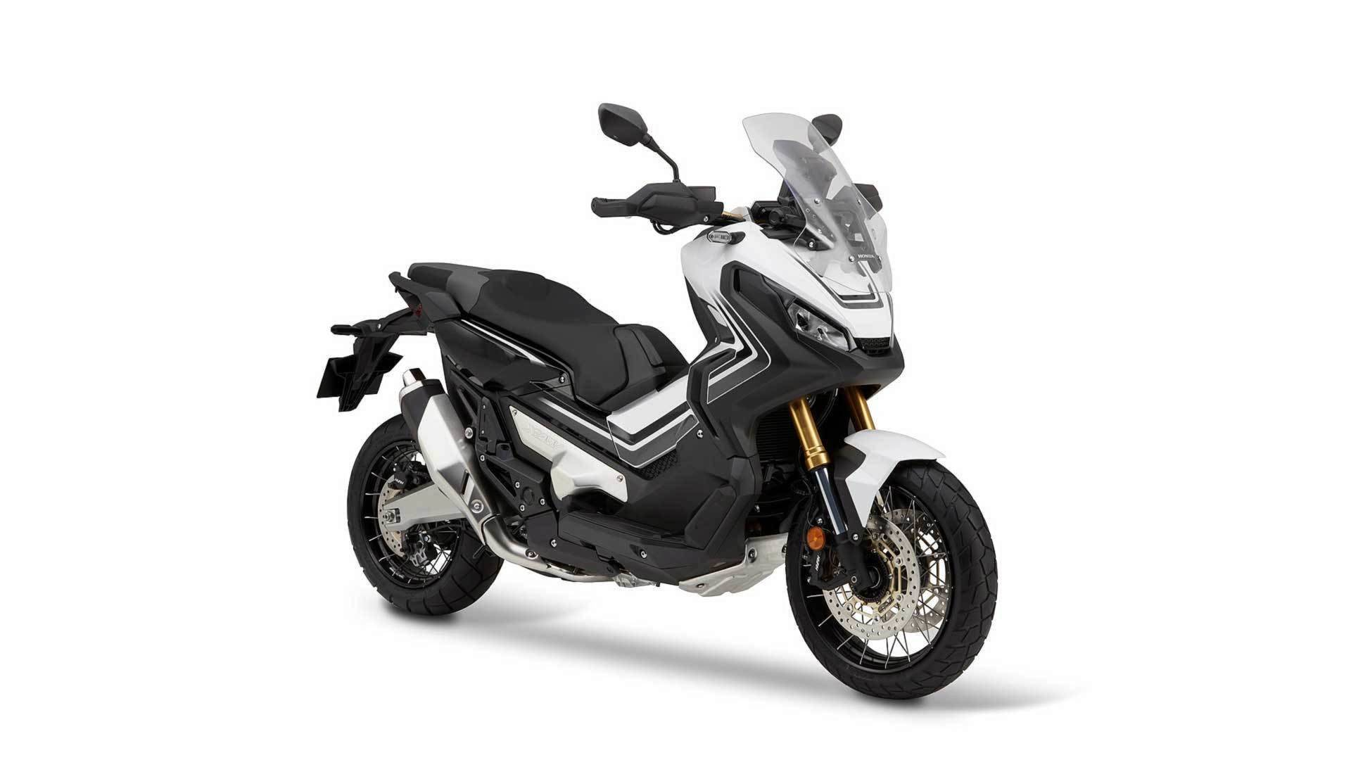 Honda X Adv Dethrones Bmw R 1200 Gs From The Top Of The Sales
