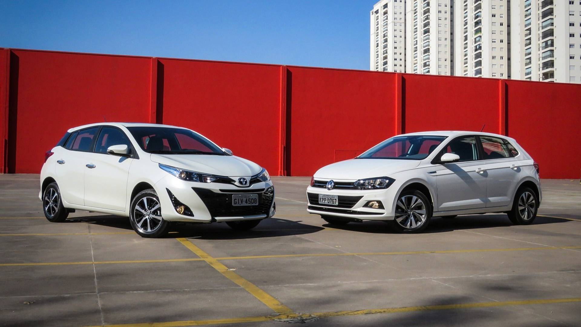 f5194b39a5 Comparativo Toyota Yaris XS x VW Polo Comfortline  Questão de referência