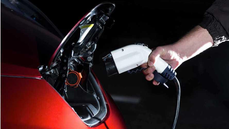Auto elettriche, incentivi in arrivo già entro la fine dell'anno