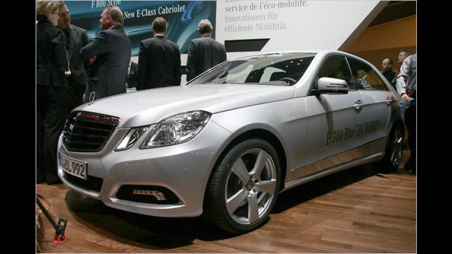 Mercedes zeigt in Genf E-Klasse mit Diesel-Hybrid