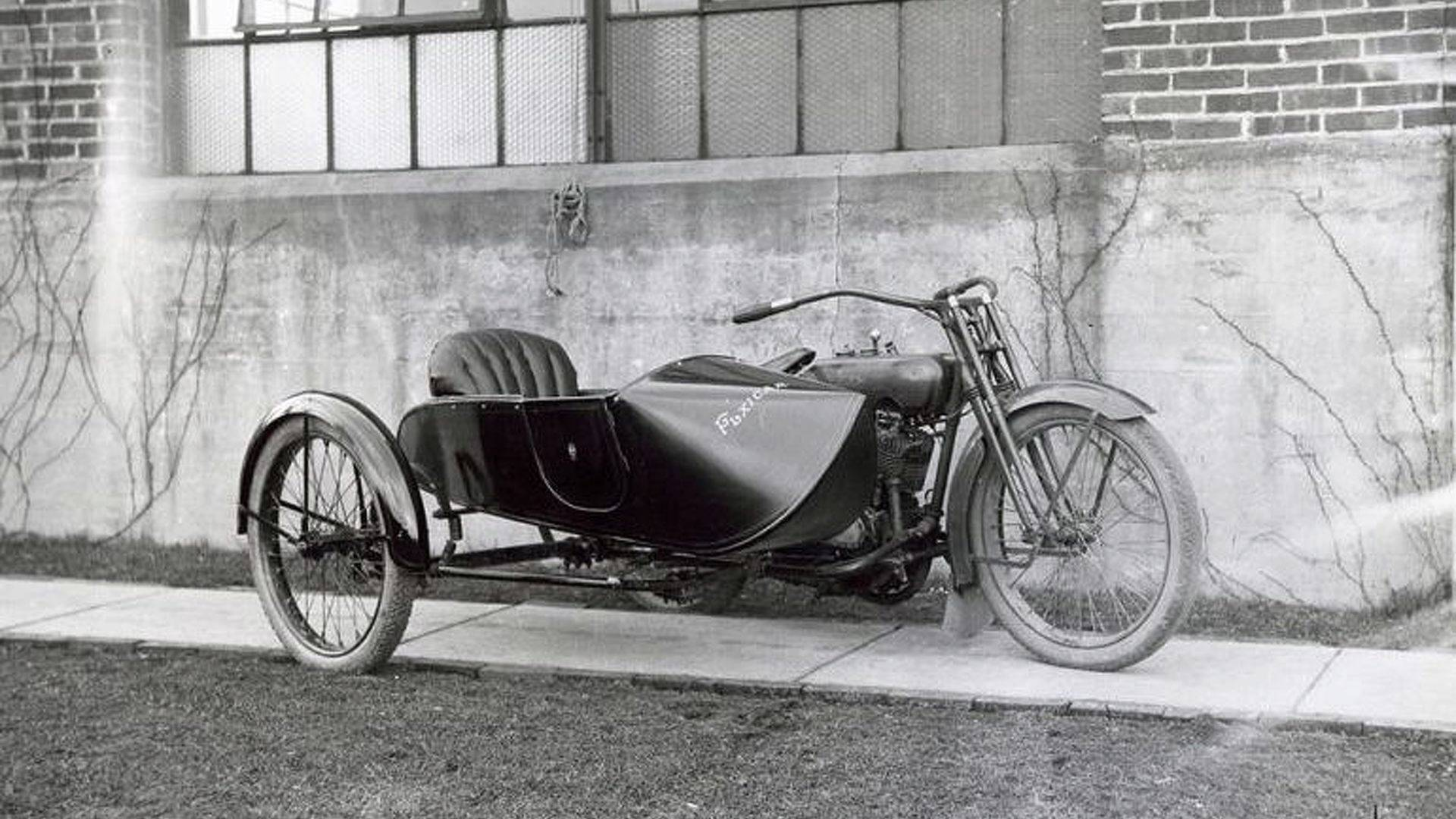 The Flxible Side Car: A Different Angle on Sidecar Design