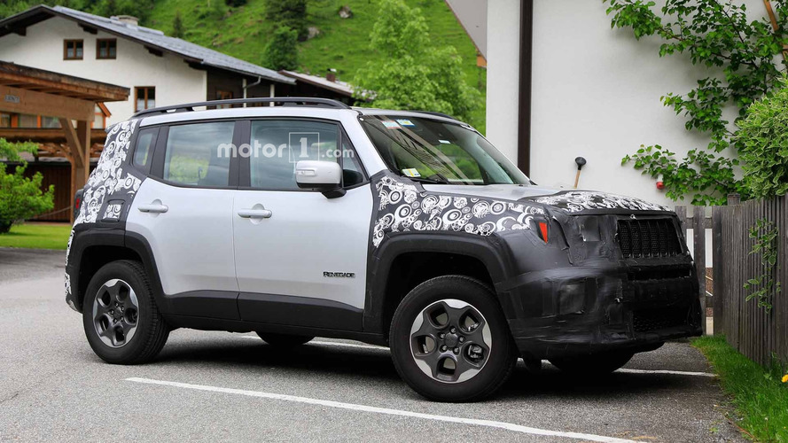 Photos espion - Le Jeep Renegade restylé se laisse approcher