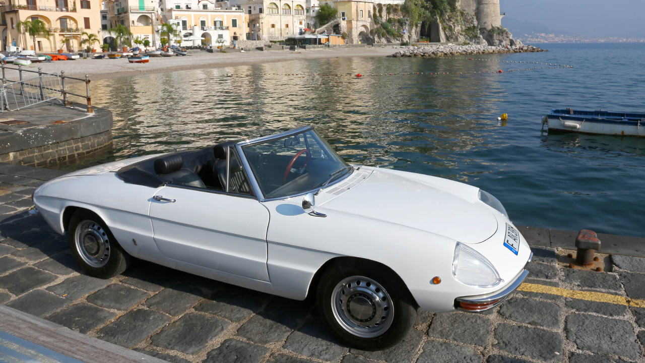 """Alfa Romeo Spider Duetto: """"Osso di Sepia"""""""