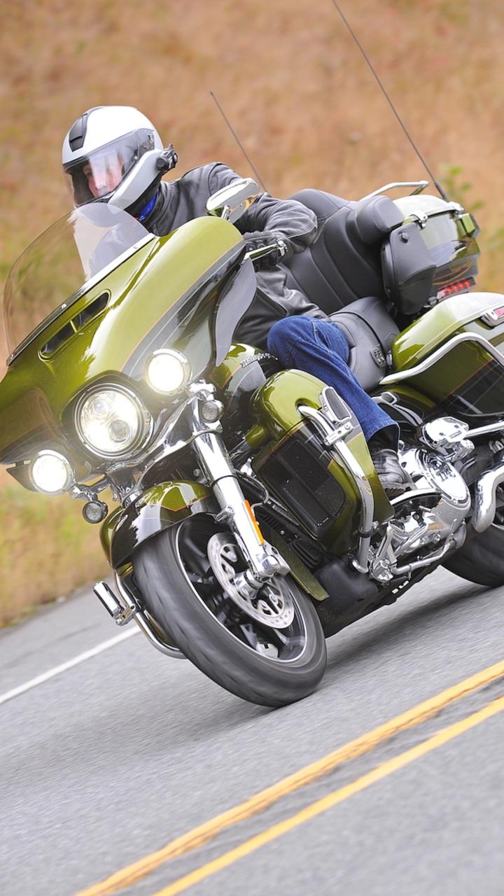 2017 Harley-Davidson CVO Limited - First Ride