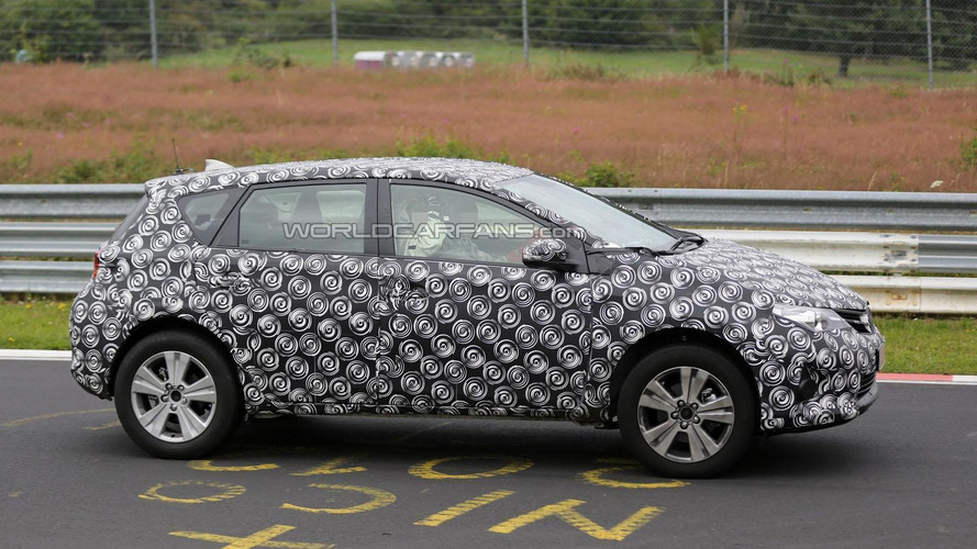 "Toyota ""Auris Cross"" reportedly coming to 2016 Geneva Motor Show"