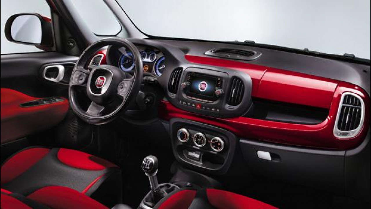 [Copertina] - Fiat 500L, le prime foto degli interni