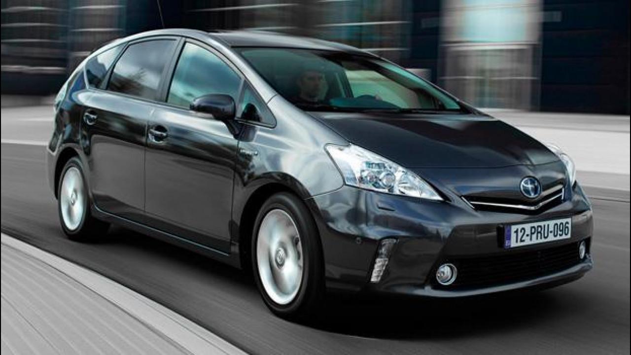 [Copertina] - Toyota Prius+, l'ibrido si fa in sette