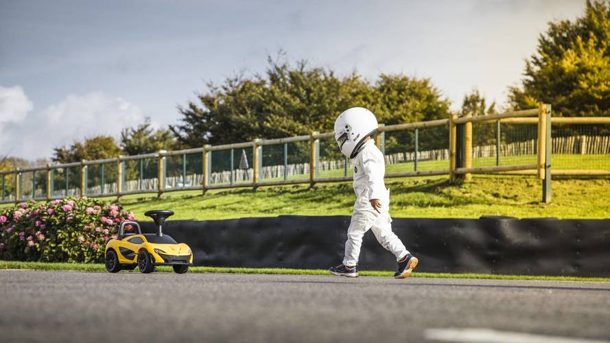 Sonunda paramızın yeteceği bir McLaren P1