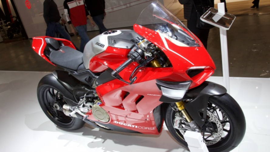 Ducati Panigale V4 R, born to race