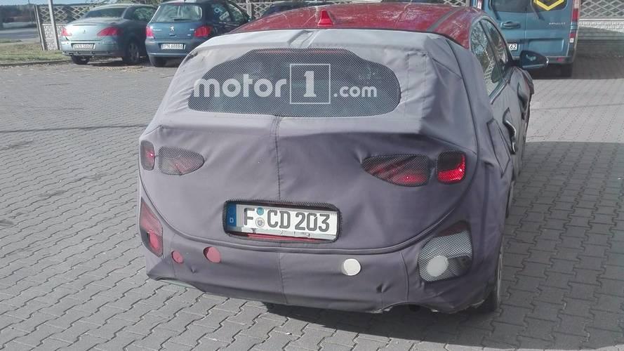 2018 Kia cee'd spied by Motor1.com reader