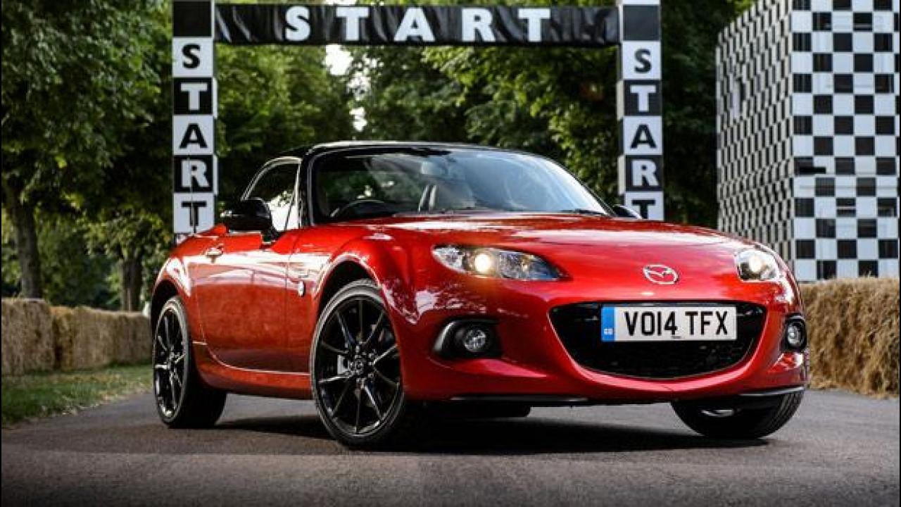 [Copertina] - Mazda, grande festa a Goodwood per i 25 anni della MX-5