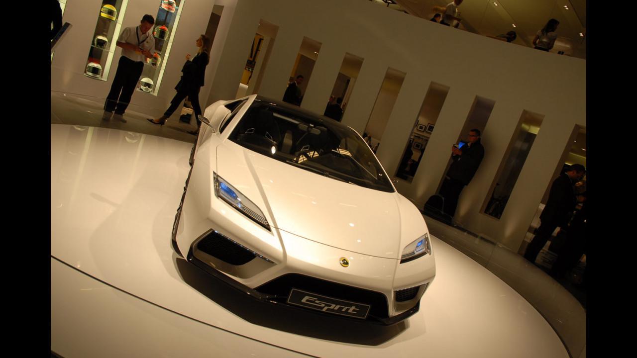 Lotus Esprit al Salone di Parigi 2010