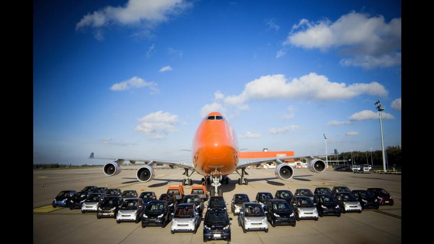 30 smart fortwo stivate in un Boeing 747