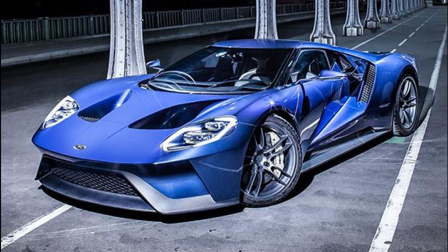 Ford GT, la prima auto coi vetri da smartphone