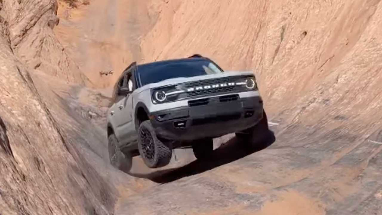 Ford Bronco Sport conquering Hell's Gate