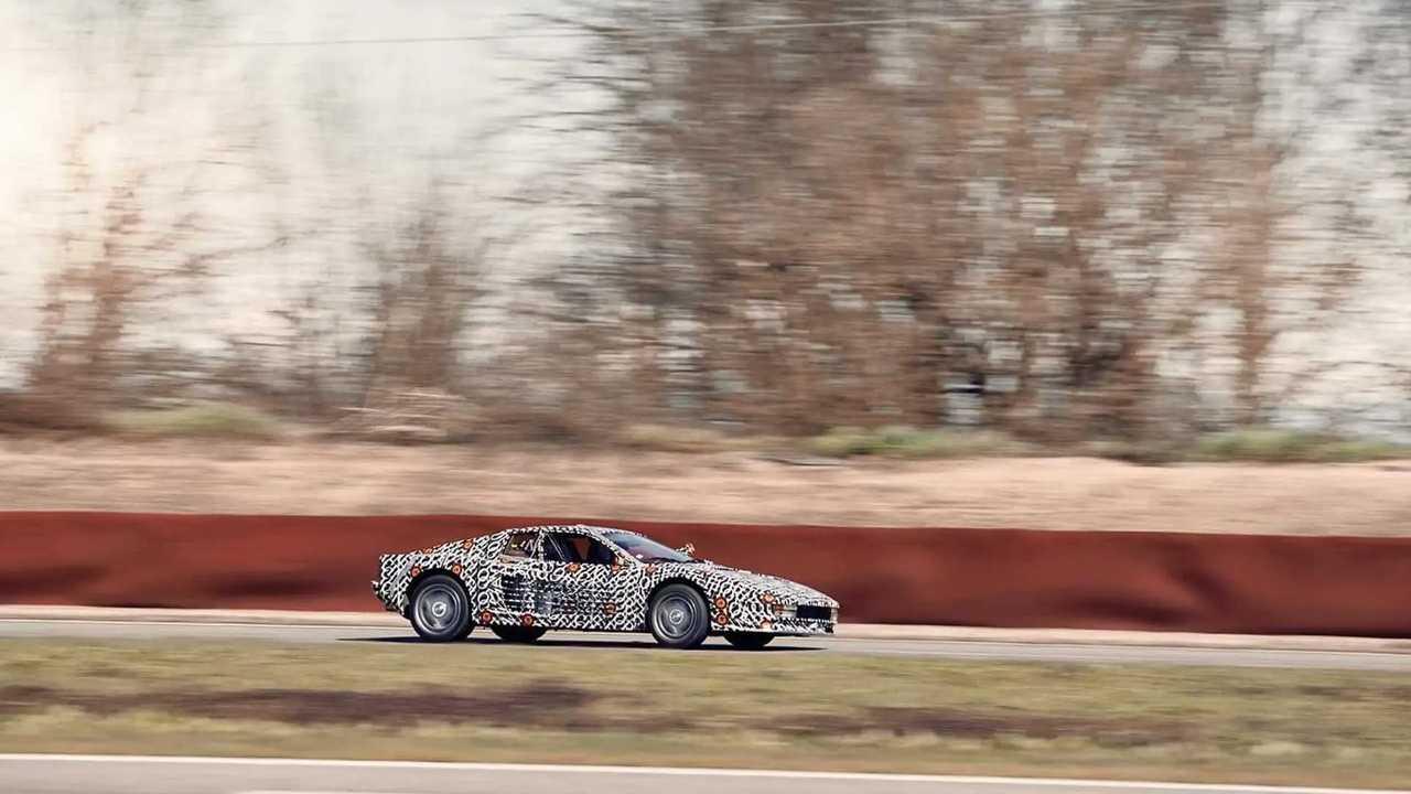 Ferrari Testarossa által Officine Fioravanti Side On Track