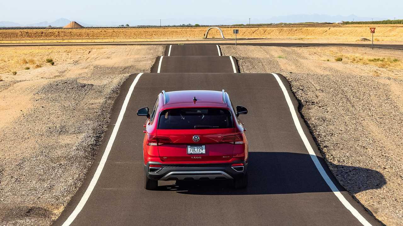 2022 Volkswagen Taos Exterior Rear View