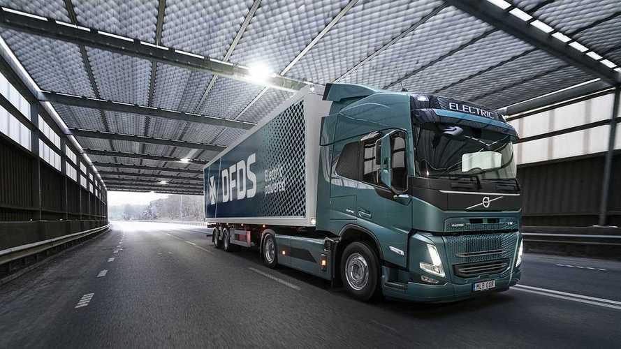 Volvo Trucks e DFDS insieme per la logistica a zero emissioni