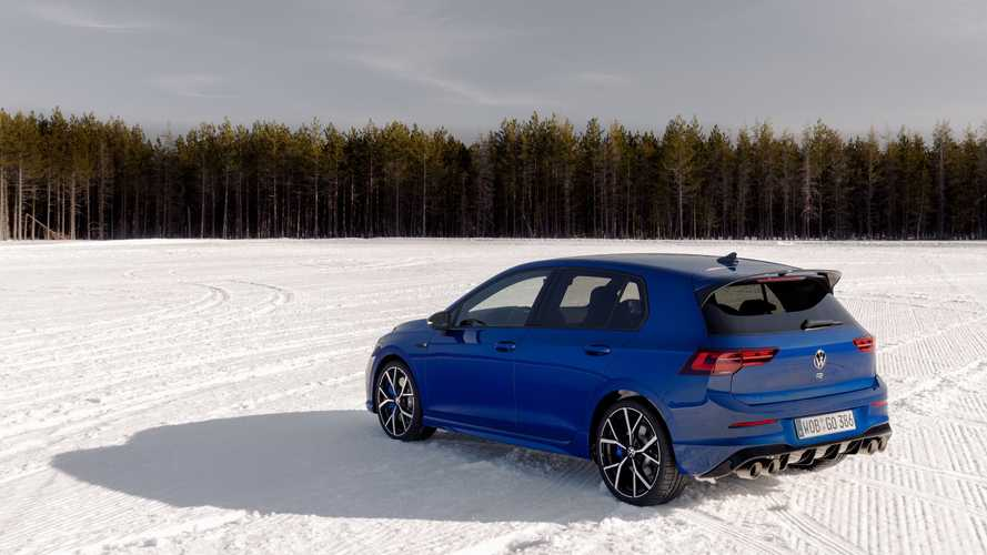 2022 Volkswagen Golf R: Feature