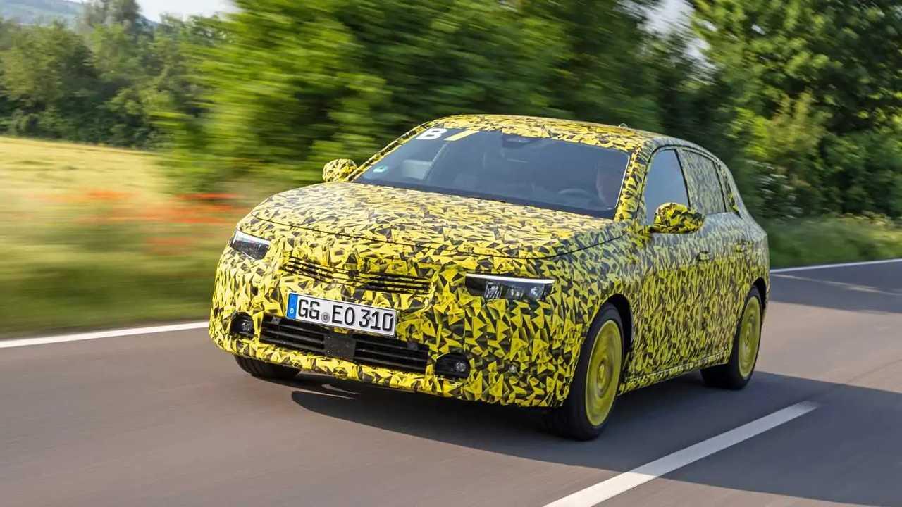 Opel Astra İlk Sürüş