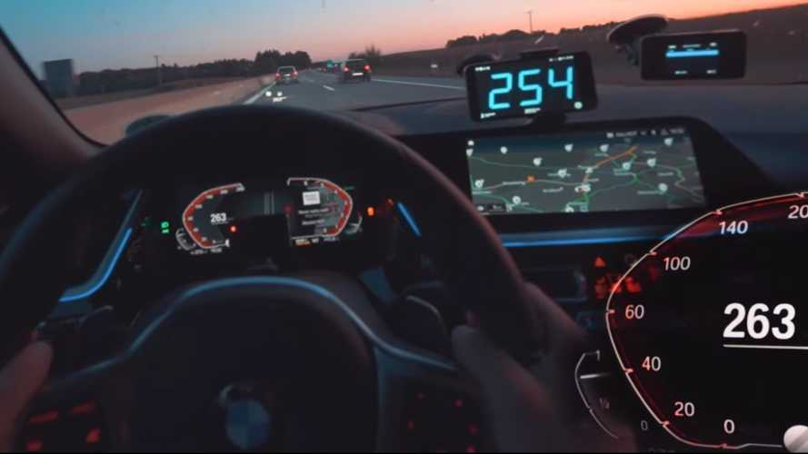 BMW Z4 Chases 5 Series Prototype On Autobahn At High Speeds
