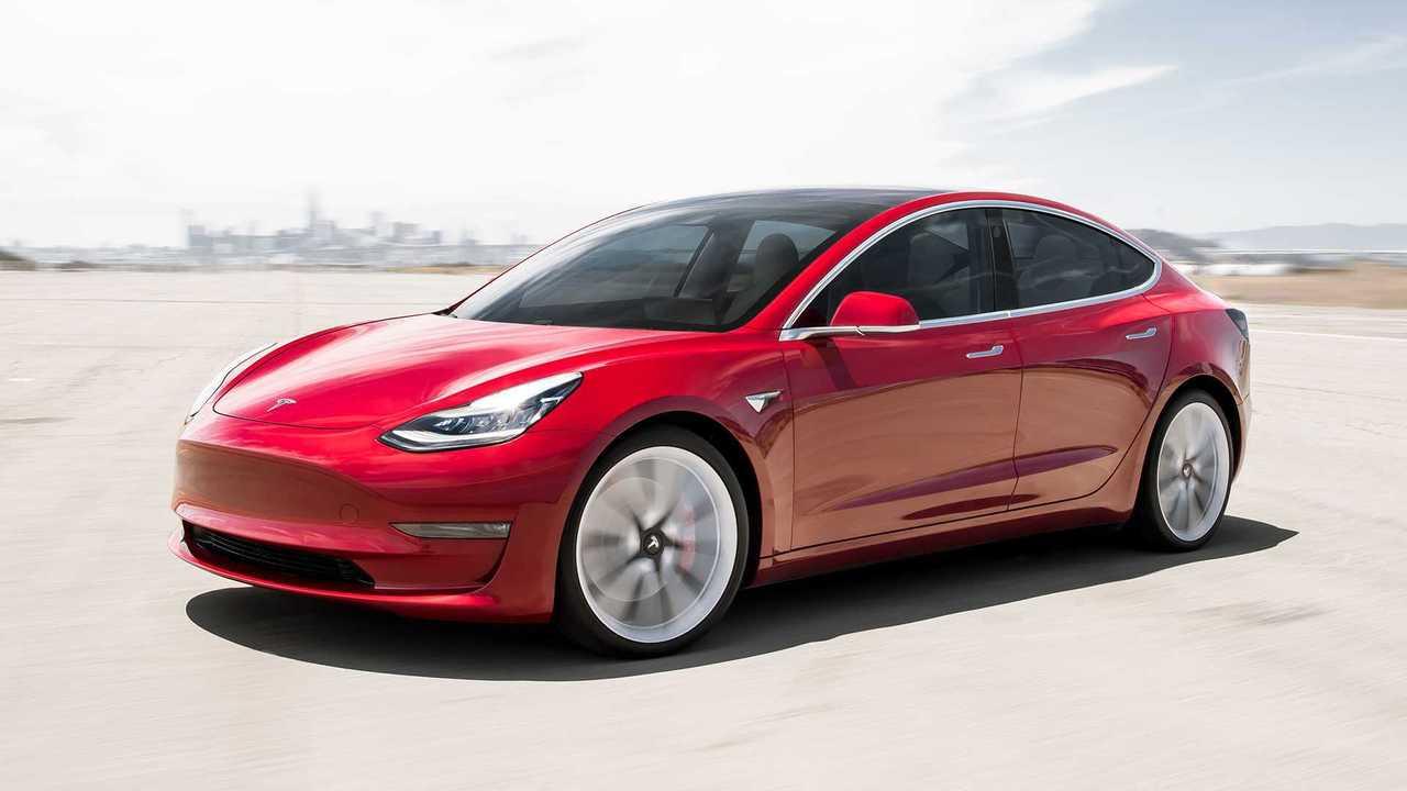 Tesla Model 3 és Y modell összehasonlítva