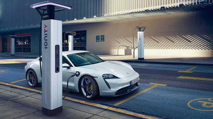 Porsche может создать самую доступную модификацию «Тайкана»