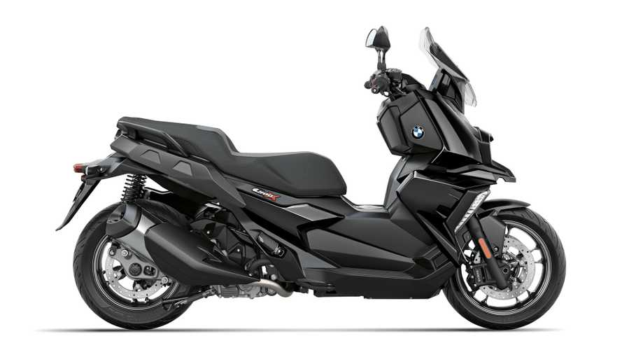 Recall: The Throttle On The 2019 BMW C 400X Might Block
