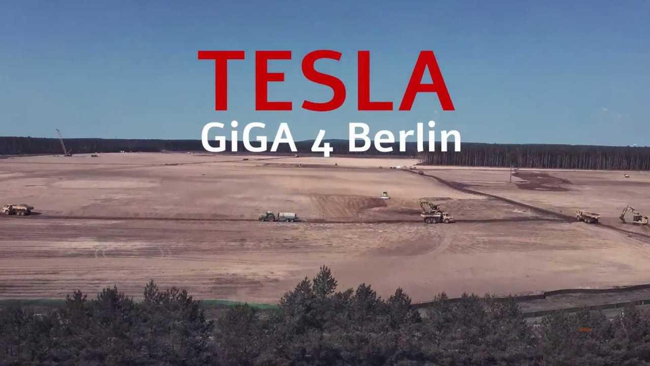 Tesla Gigafactory 4 2020 04 08 (forrás: jetfox)
