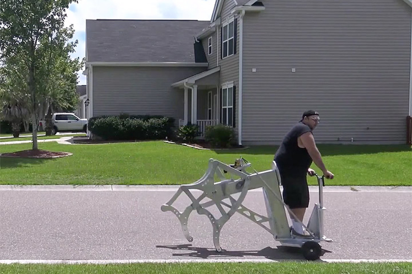 Watch This Drill-Powered Walking Machine Strut its Stuff