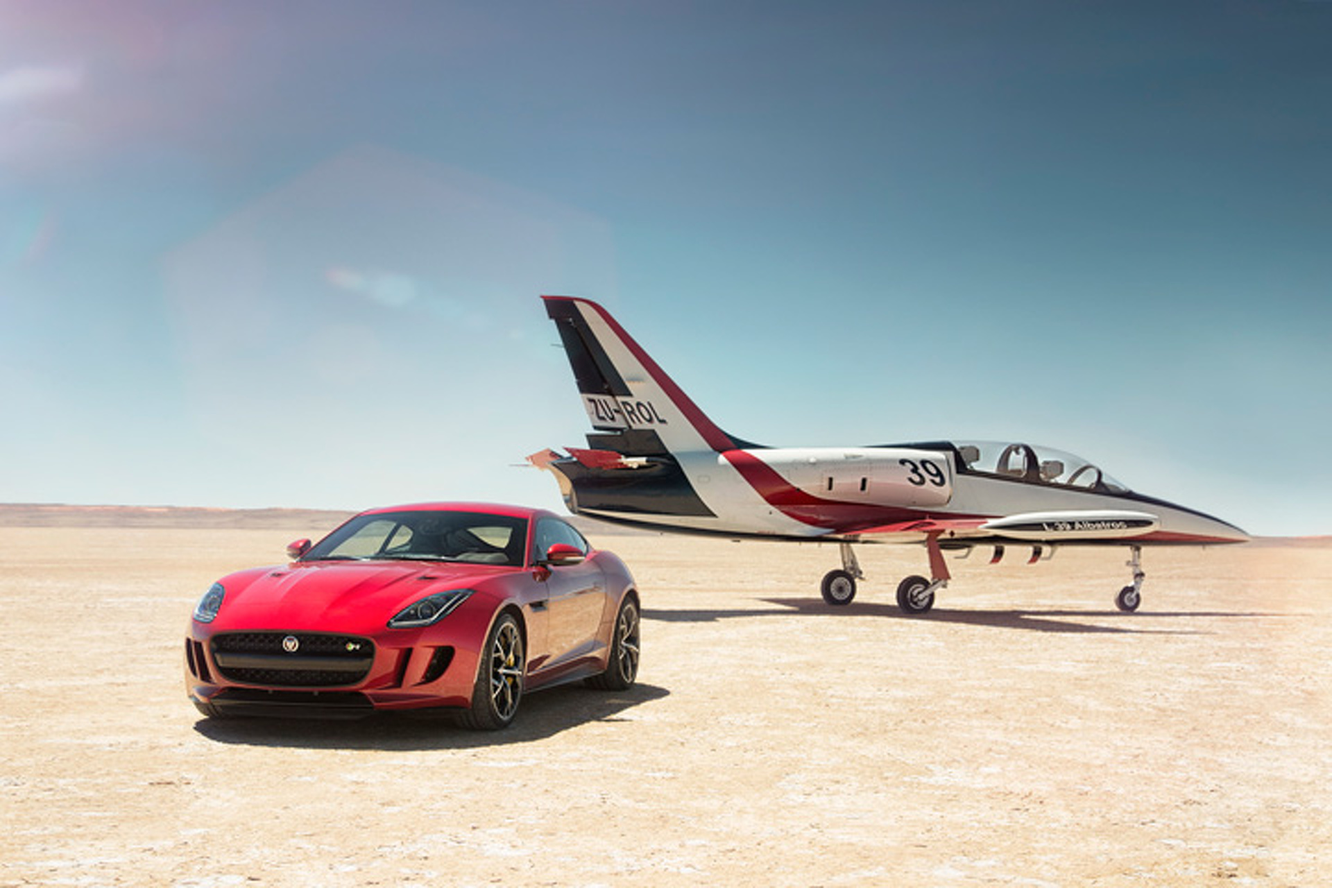 Jaguar AWD F-Type and Speed Record Partnership Hyped